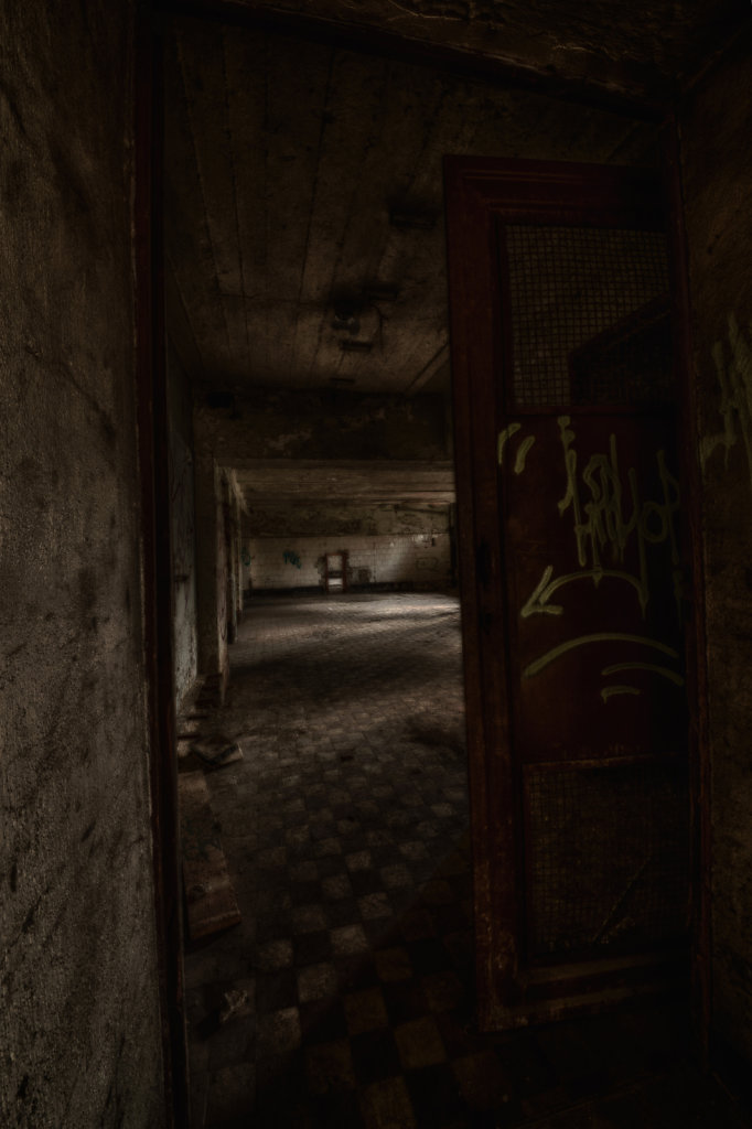lost-place-urbex-svenspannagel-fotografie-schokoladen-fabrik-19.jpg