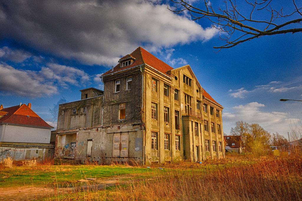 lost-place-urbex-svenspannagel-fotografie-schokoladen-fabrik-10.jpg