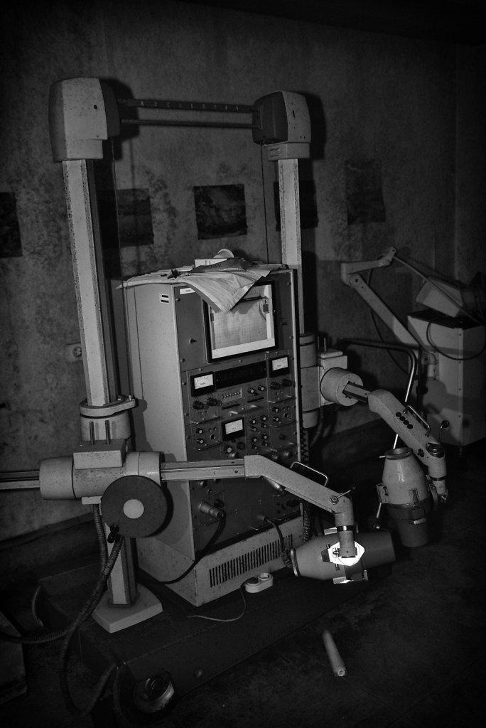 lostplace-svenspanngel-fotografie-klinik-horror-lost-place-2.JPG