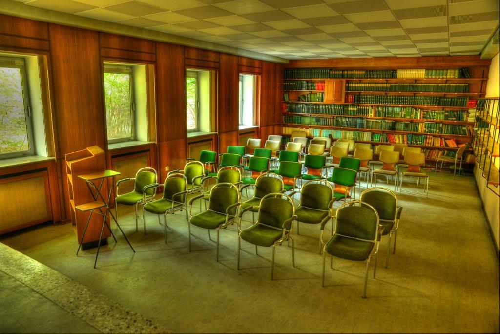 lostplace-svenspanngel-fotografie-klinik-horror-lost-place-23.jpg