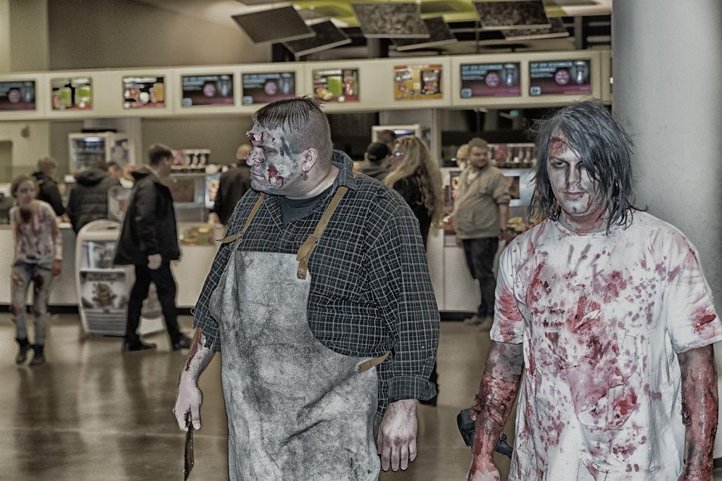 the-walking-dead-cinemaxx-bielefeld-zombie-walk-svenspannagel-fotografie-zombie-horror-1.jpg