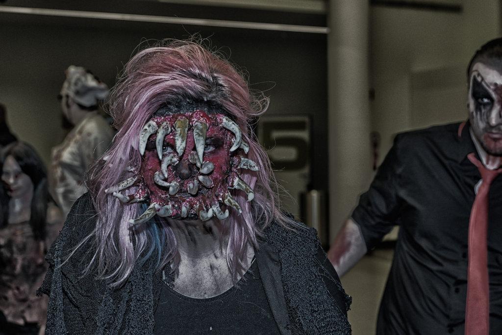 the-walking-dead-cinemaxx-bielefeld-zombie-walk-svenspannagel-fotografie-zombie-horror-3.jpg