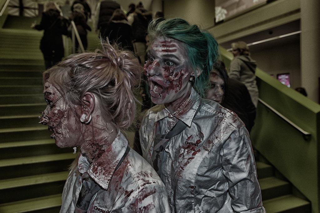 the-walking-dead-cinemaxx-bielefeld-zombie-walk-svenspannagel-fotografie-zombie-horror-9.jpg