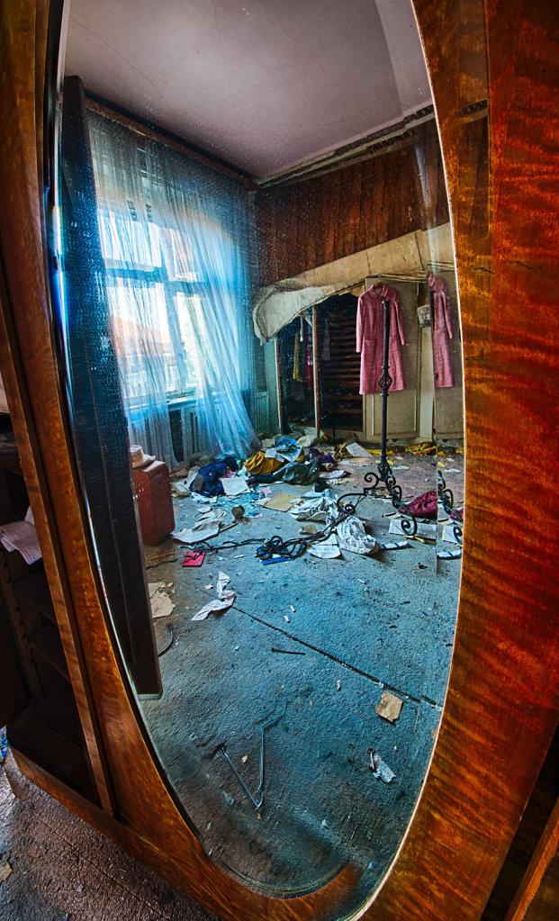lost-place-anna-L-DrPain-svenspannagel-fotografie-urbex-urologen-villa-lostplace-rotten-place-9.jpg