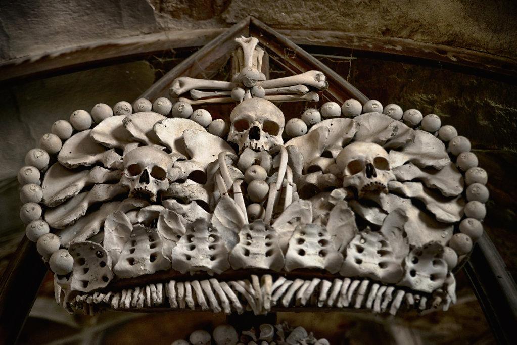 kutna-hora-knochenkirche-bonechurch-svenspannagel-fotografie-lostplace-urbex-19.jpg