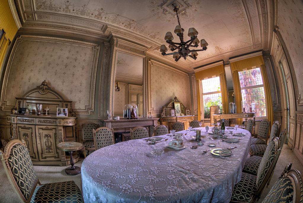 Maison-Annabelle-villa-tea-time-urbex-lostplaces-lost-place-svenspannagel-fotografie-belgien-verlassen-4.jpg