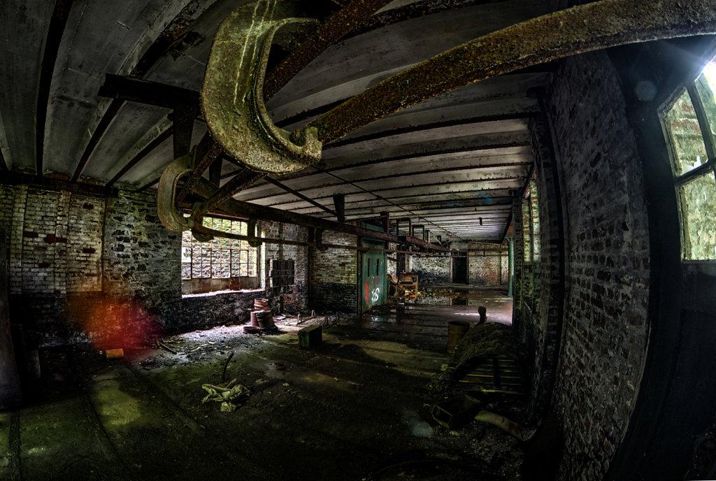lostplace-urbex-drahtfabrik-svenspannagel-fotografie-sauerland-verlassen-todesfabrik-22.jpg